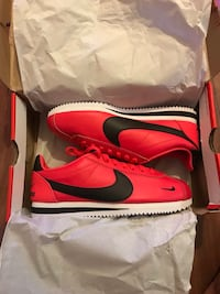 NIKE CORTEZ LIMITED EDITION SZ 8.5 MEN NEW New York, 11225