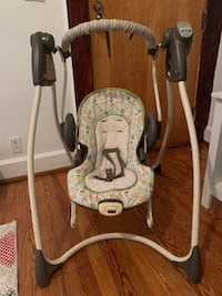 Graco swing the condition is good
