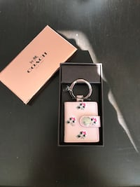 Coach picture frame keychain Oakville, L6H 6N2