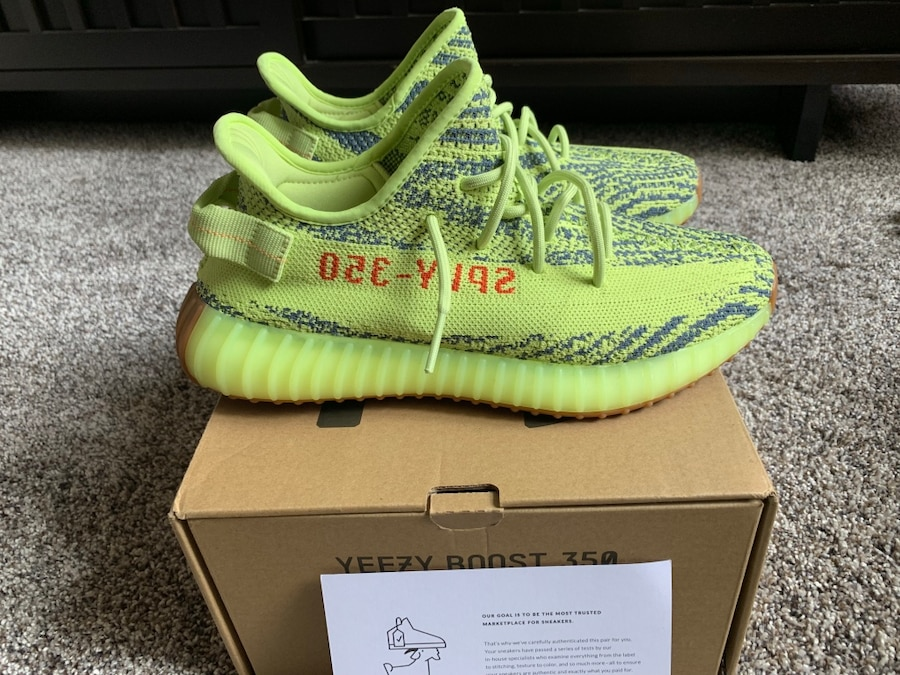 9522c0cec746 ... where can i buy adidas yeezy boost 350 v2 frozen yellow size 9 7c5ca  bb8f4