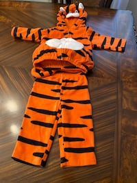 Halloween tiger costume 12M two pieces Vaughan, L6A 0P1