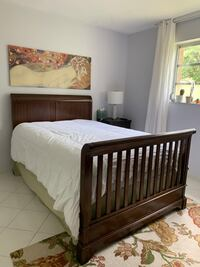 Full size wooden bed/Crib Hollywood, 33020