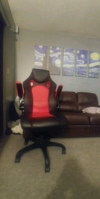 black and red leather gaming chair Abbotsford, V2S 2L8