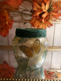 Gold and green glass vase Greensboro, 27405