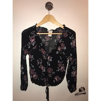 black, red, and white floral long-sleeved blouse Alexandria, 22305