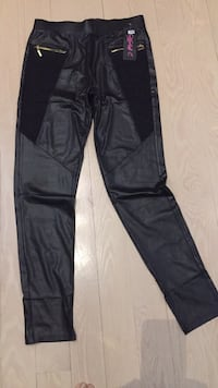 Jeggings—never worn Toronto, M9A 1S9