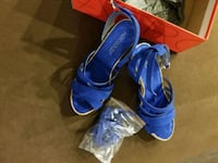 Bend new party shoes size 7 Nd 1/2 ,aerosols  shoe North Vancouver, V7J 2S2