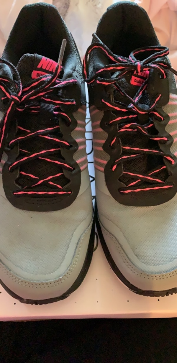 f79d5589d318c Used Shoes for sale in Hicksville - letgo