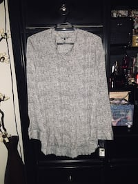 Medium ladies blouse  Calgary, T2A 7R1