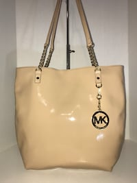 New Michael Kors Patent Leather Tote Bag Milton, L9T 4K1