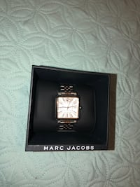 Woman Watch Marc Jacobs Vic New York, 10470
