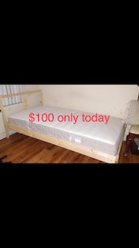 Twin bed with mattress  Los Angeles, 91401
