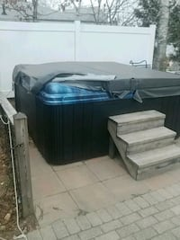 Theraputic hot tub Webster, 01570
