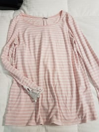 Maternity top size small/medium - Thyme maternity