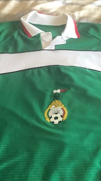 Mexico soccer jersey large Maple Grove, 55369