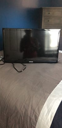 Tv with mount. 24 inch Pasadena, 21122