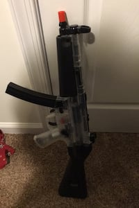 MAKE AN OFFER Airsoft HK-MP5 NEGOTIABLE Fayetteville, 17222