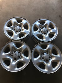 four grey Toyota wheel set Mississauga