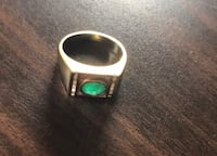 Reduced! Estate men's 10k gold ring with emerald and diamonds Toronto, M5G 1H1
