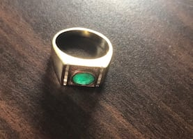 Reduced! Estate men's 10k gold ring with emerald and diamonds