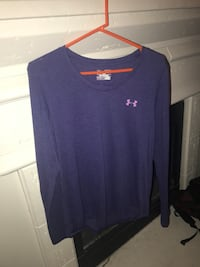 blue Under Armour long sleeve shirt Southaven, 38671