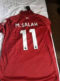 red and white Nike jersey shirt Montréal, H4N 3B1