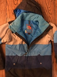 blue and black zip-up jacket Greater Sudbury / Grand Sudbury, P3Y 1N2