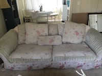 Floral Handmade very comfortable Shabby Chic Sofa by quality craftsman Los Angeles, 91607
