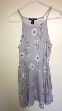 Lavender halter dress with daisy's