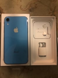 iPhone xr blue.  $550 OBO.  Ships from quebec Toronto
