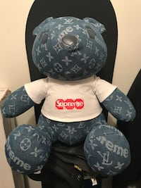 Blue and white supreme plush toy Chantilly, 20152