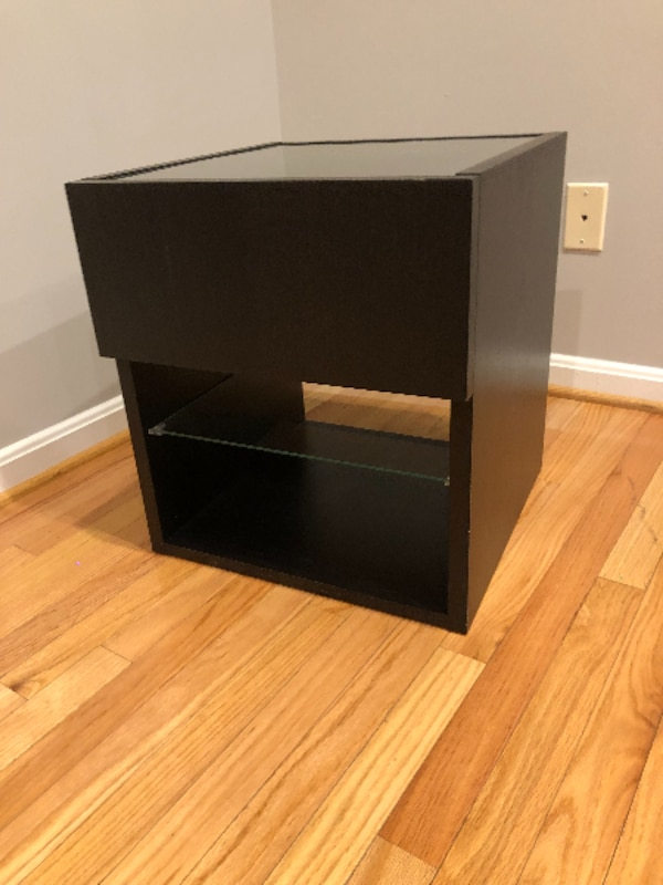 Night Stand / Side Table with drawer