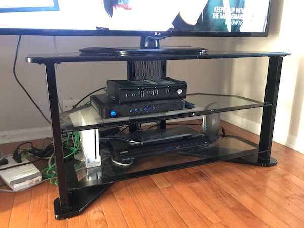 Used Black Best Buy Tv Stand For Sale In Milwaukee Letgo