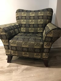 Wing chair  Vaughan, L6A 2Y2