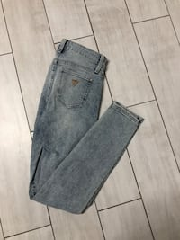 Guess jeans 25 551 km