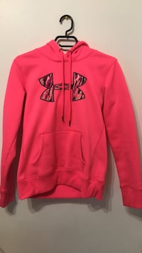 Medium pink under armour pullover hoodie Ingersoll, N5C 4B5