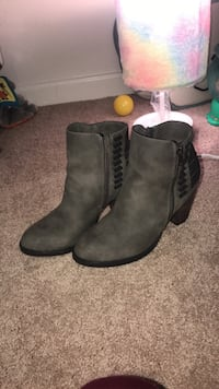 Heel boots size 7 Front Royal, 22630