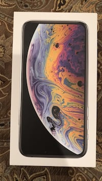 Iphone Xs Box plus accessories (phone not included) Fairfax, 22030