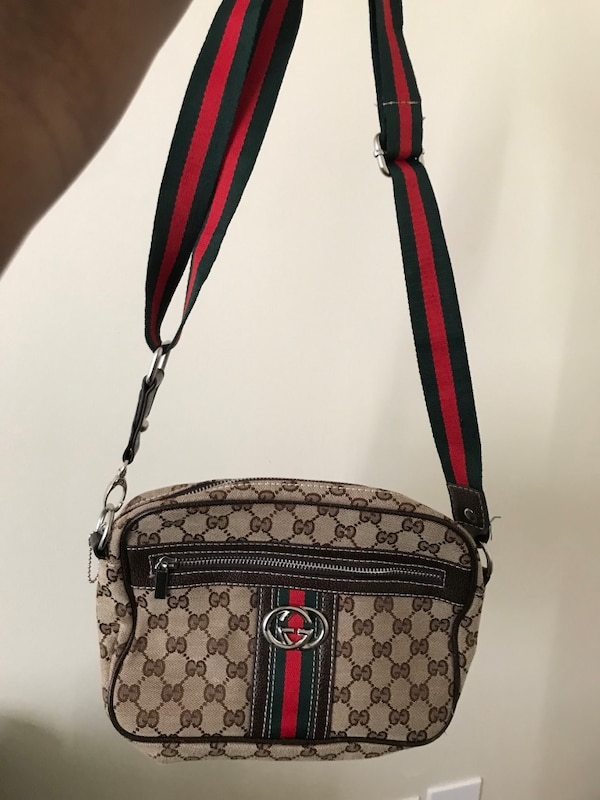 a3bb8e88d400c1 Used women's brown, black, and red Gucci sling bag for sale in Statesboro -  letgo