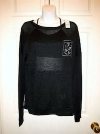 women's black long-sleeved shirt Brampton, L6S 6H1