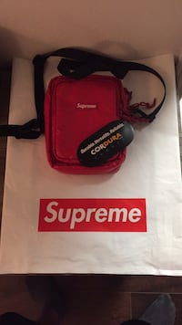 REAL supreme messenger bag Laval, H7P 4Y3