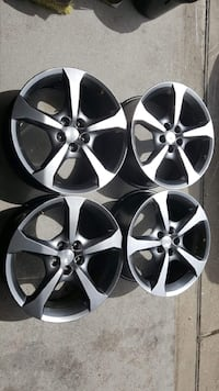 four chrome 5-spoke auto wheels