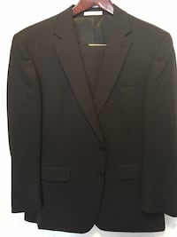 Kenneth Cole Men's Suit, Size 44 Reg, 38 W. Washington, 20024