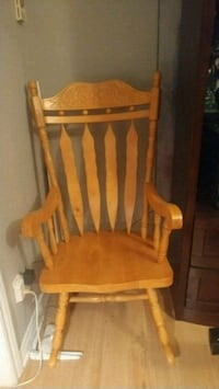 brown wooden windsor rocking chair Beauharnois, J6N 2S7