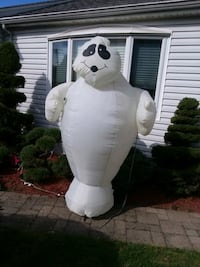 8' Halloween airblown inflatable  Yonkers