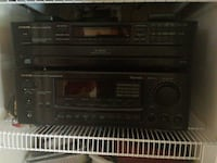 Onkyo  amplifier and 6 disc cd player Louisville, 40299
