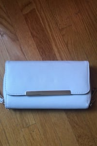Charlotte Russe White Clutch Fanwood, 07023