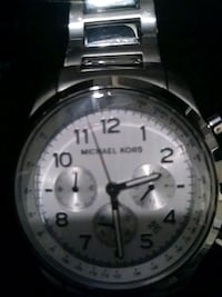 round silver-colored chronograph watch with link bracelet Eastpointe, 48021