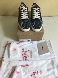 Low loubs size 9 New York, 10305