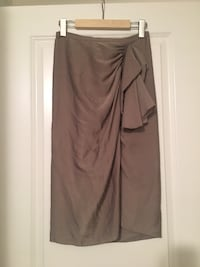 BCBG Satin skirt - XS